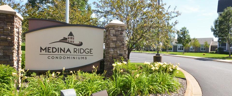 Medina-Ridge-sign011